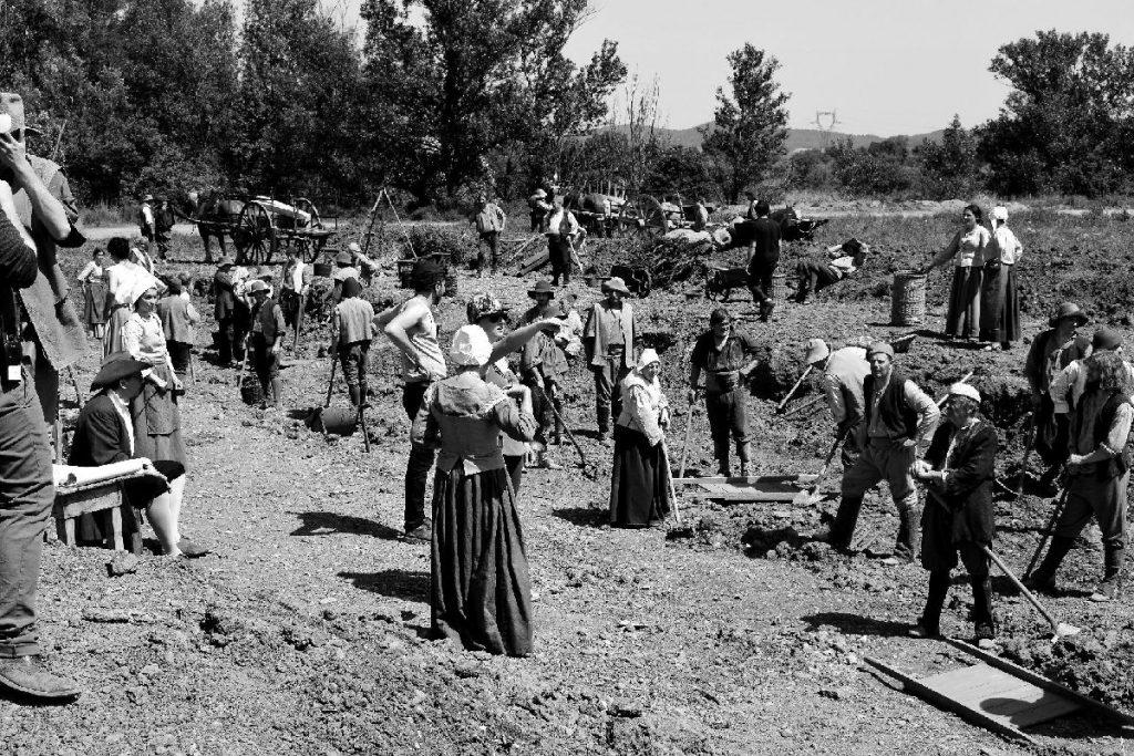 Tournage en costumes du chantier de creusement du Canal du Midi.